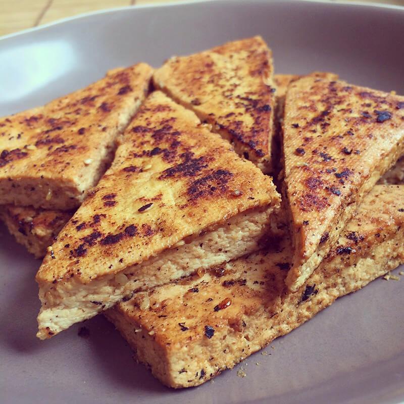 Tofu brouillé aux légumes