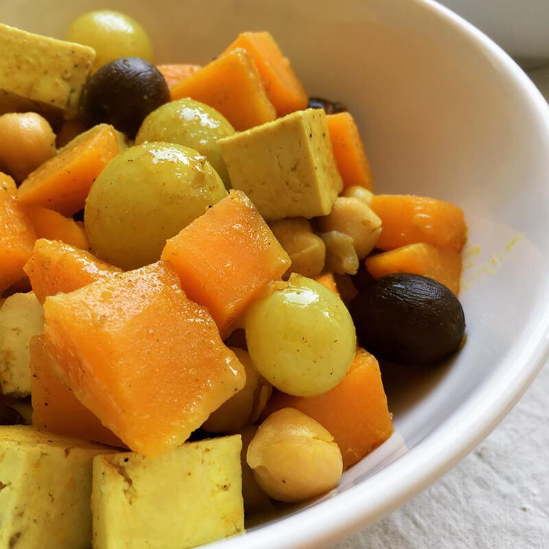 Curry de courge & tofu aux pois chiche & raisins