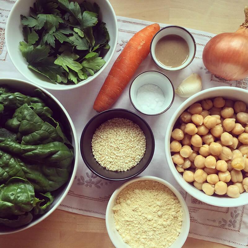 Emincé de soja aux patates douces, choux de Bruxelles & pommes