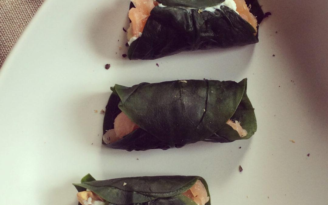 Mini-wraps d'épinards au saumon fumé & noix