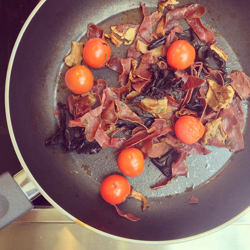Tartines tomates & avocat