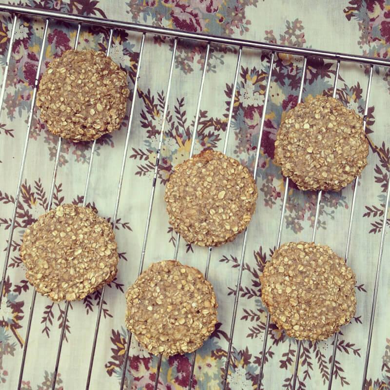Balles amarante, amandes & raisins secs