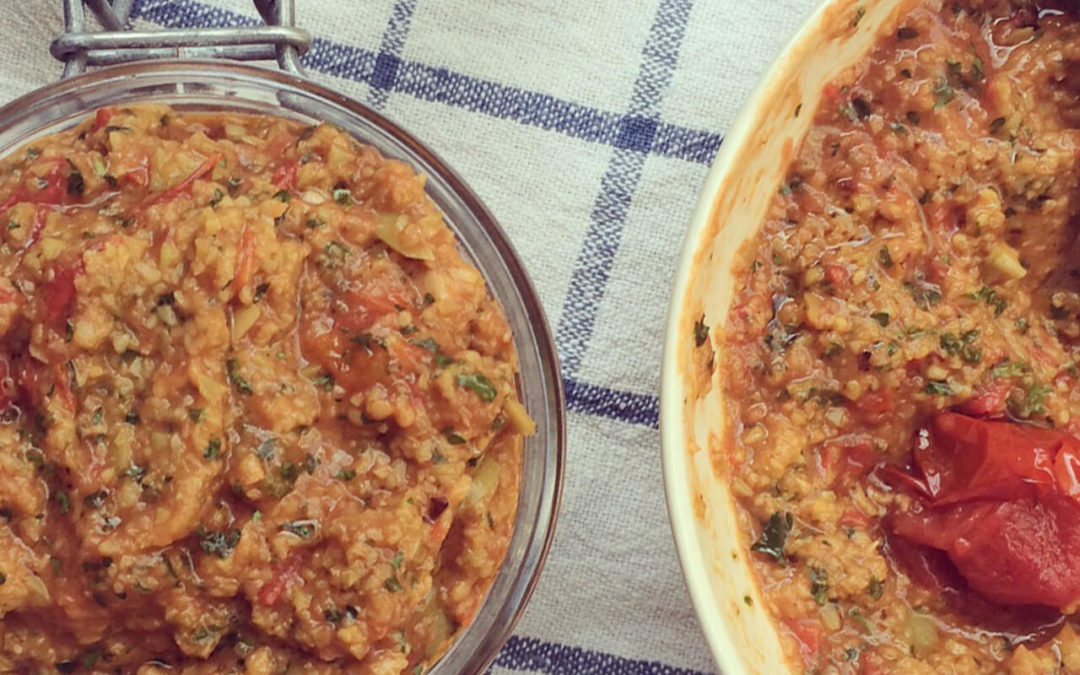 Tapenade d'olives vertes aux tomates cerise rôties