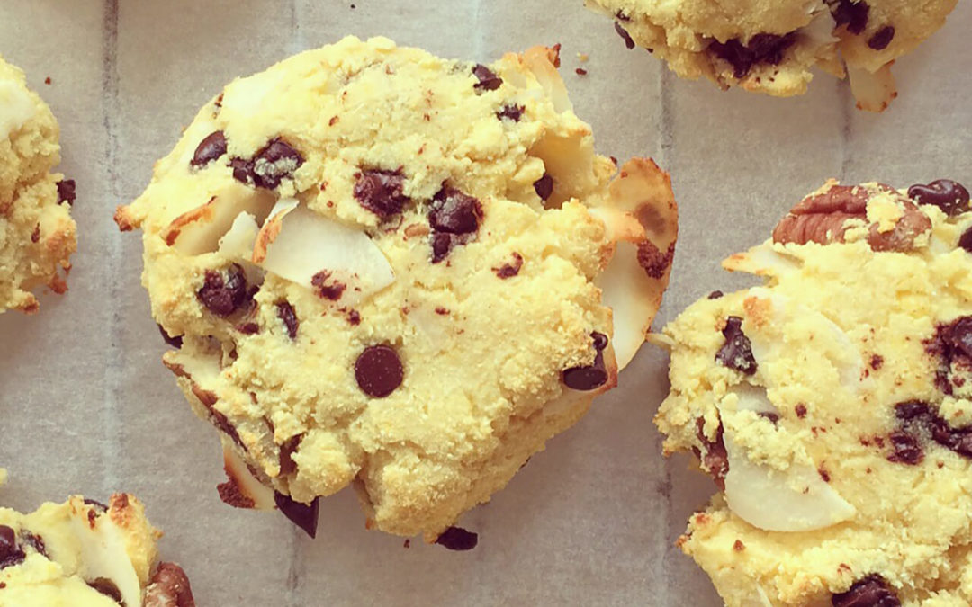 Cookies protéinés pécan & coco aux pépites de chocolat