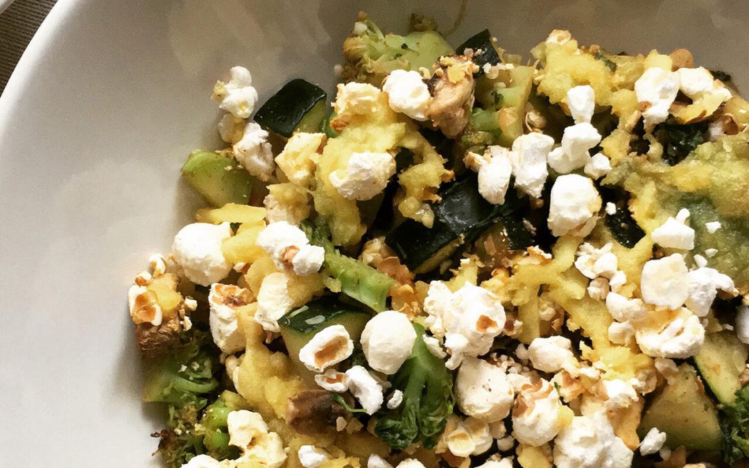 Crumble de légumes au popcorn