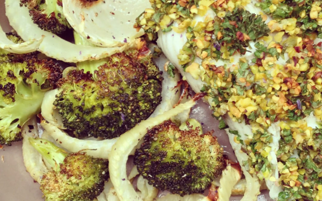 Carrelet aux pistaches avec fenouil & brocoli au four