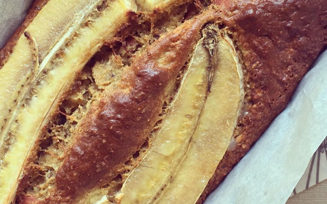 Pain aux bananes aux pruneaux & amandes