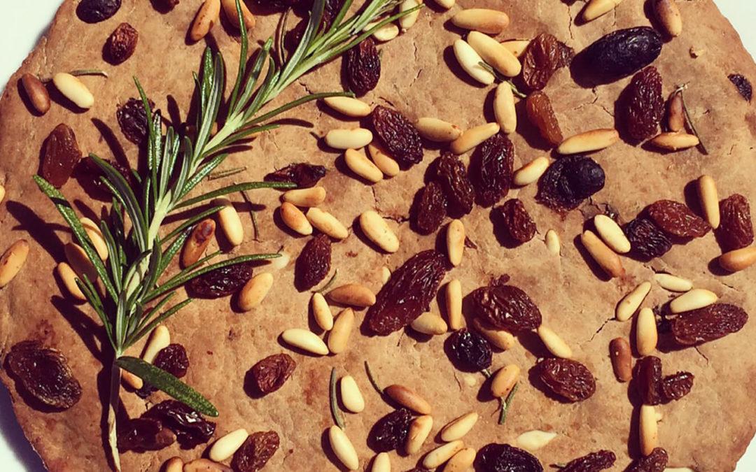Pain de châtaignes aux pignons & raisins secs