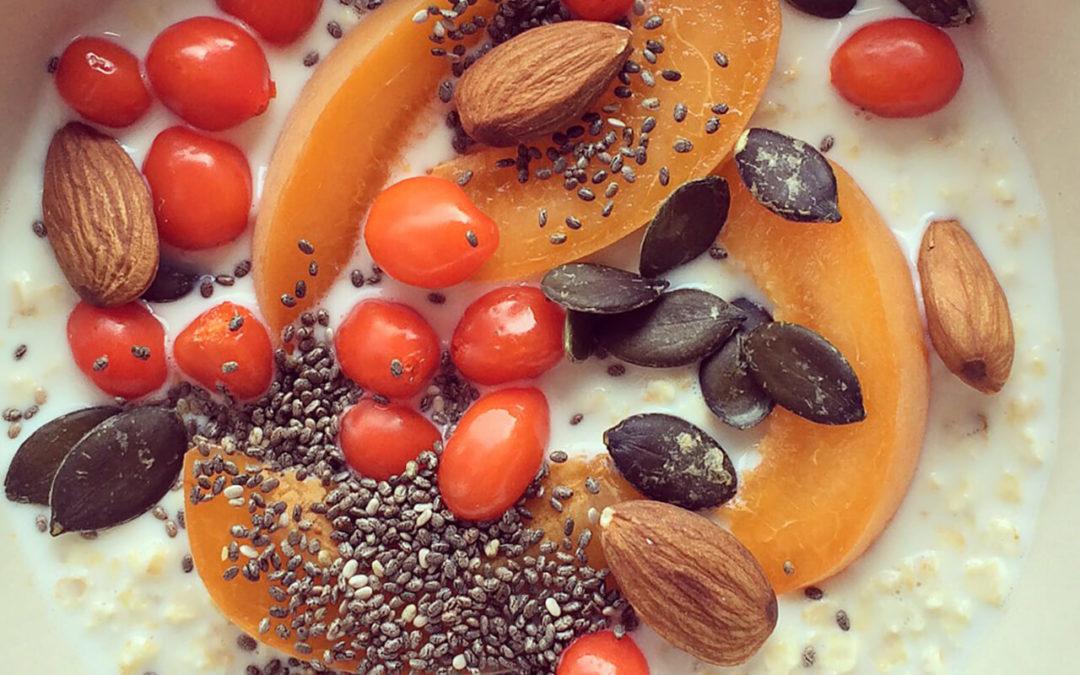 Porridge aux abricots & baies de goji