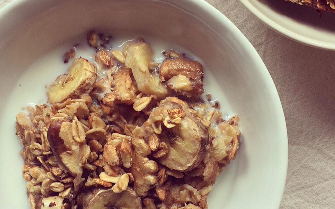 Porridge au four banane & noix