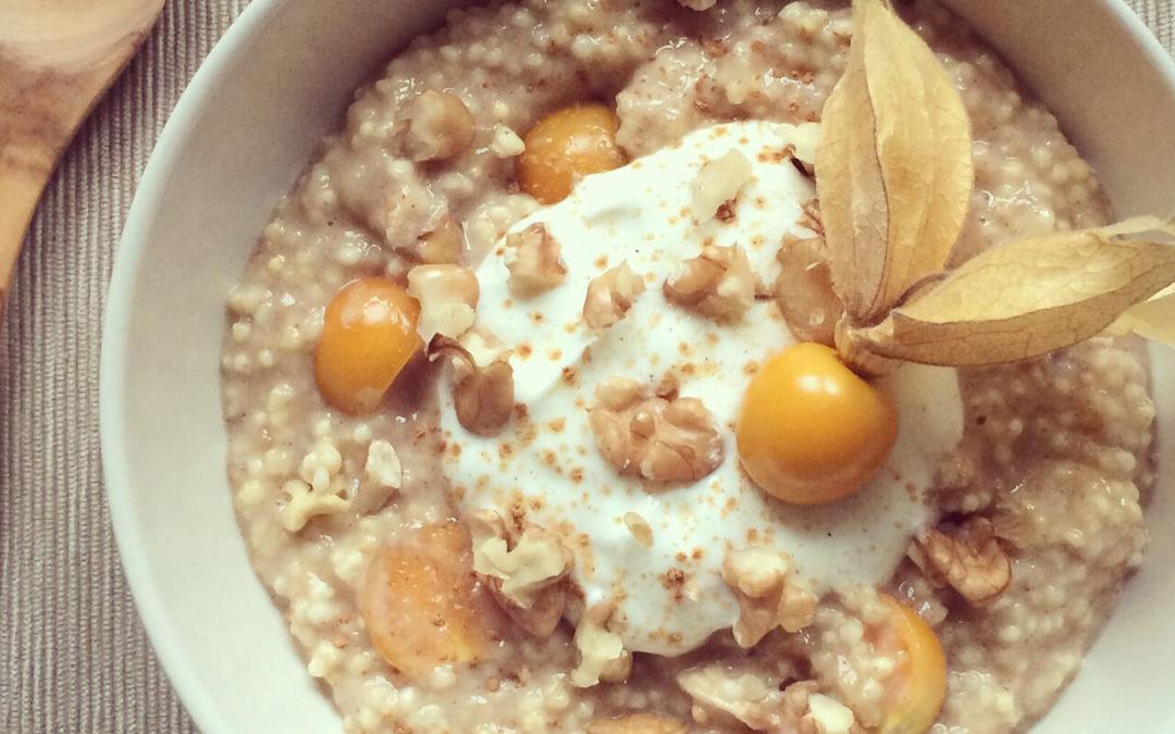 Porridge de millet & banane aux physalis