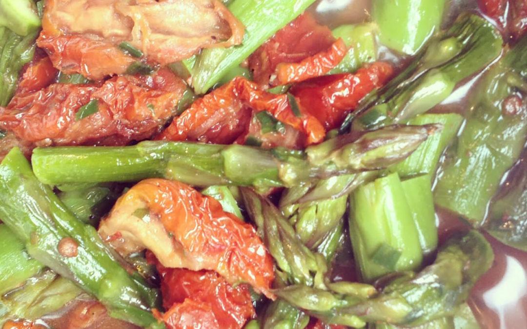 Saumon aux asperges & tomates séchées