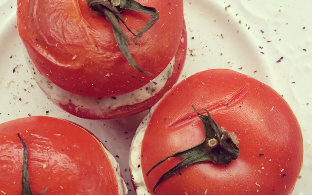 Tomates farcies aux épinards & chèvre frais
