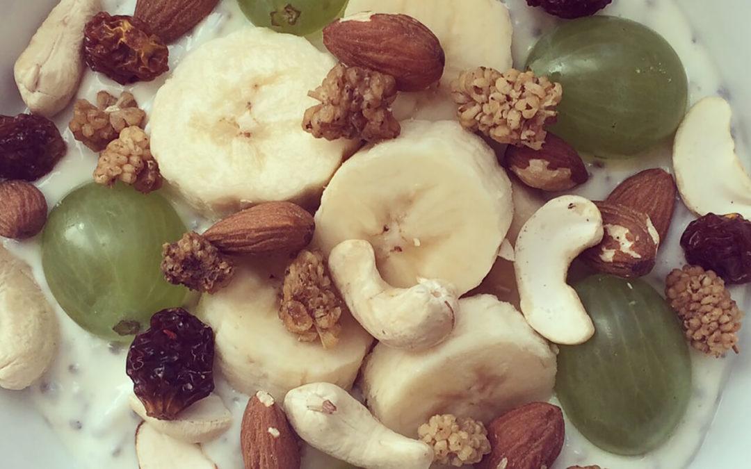 Yaourt protéiné vanille & banane aux fruits secs
